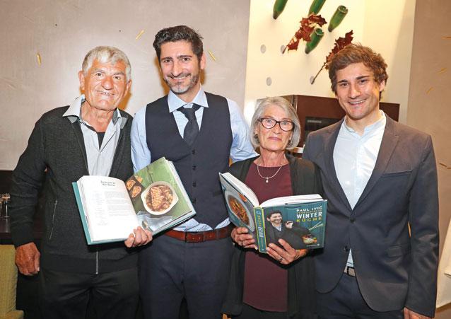 Paul Ivic im Kreise seiner Familie mit Vater Paul, Mutter Marlies und Bruder Dominik