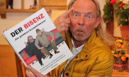 Alexander Bisenz und sein gelebtes Kasperltheater