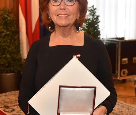 Gold auch für Inge Klingohr