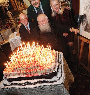 Professor Hermann Nitsch 80.Geburtstag der Mysterien Malerlegende