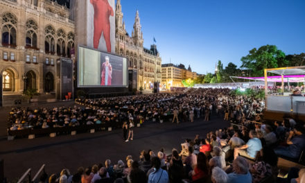 Fulminante Eröffnung des 29. Film Festivals auf dem Wiener Rathausplatz